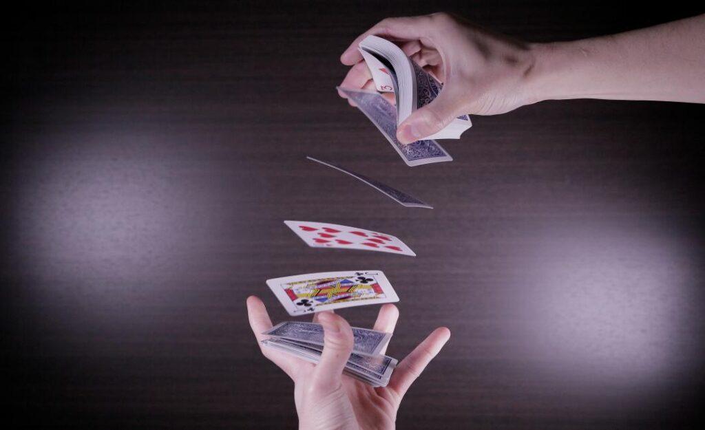 この時代にあなたはどのマジックを学ぶのが正解か。